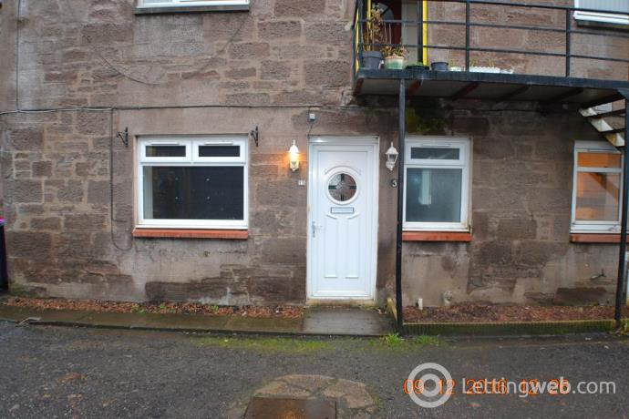 Property to rent in 5 Oswalds Buildings, Brechin