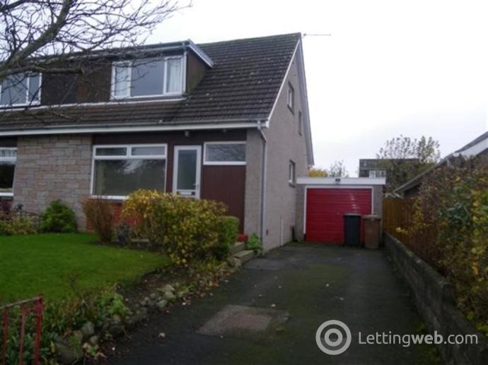 Property to rent in Doocot Road, Fife