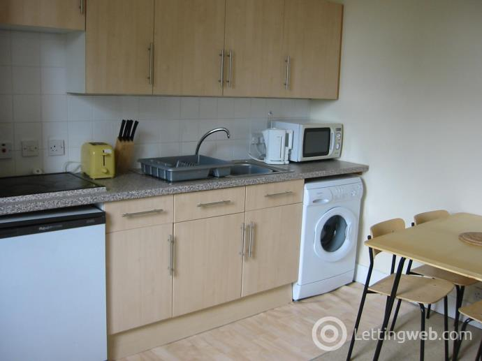 Property to rent in Bedford Road 2240