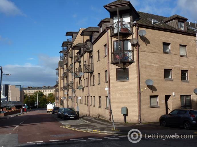 Property to rent in Elliot Street