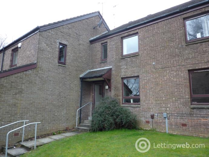 Property to rent in Ilay Court, Bearsden