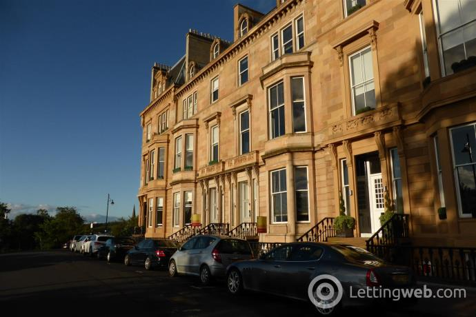 Property to rent in Park Terrace