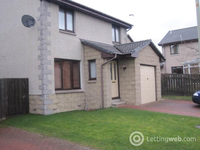 Property to rent in Fernie Gardens, Broughty Ferry,