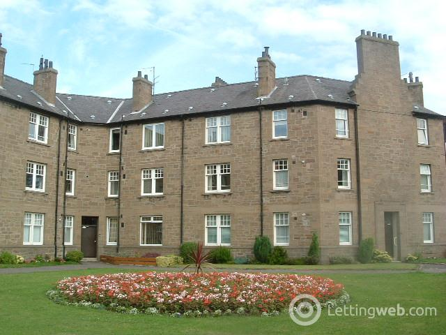 Property to rent in Queen Street, Broughty Ferry, Dundee DD5 1AP