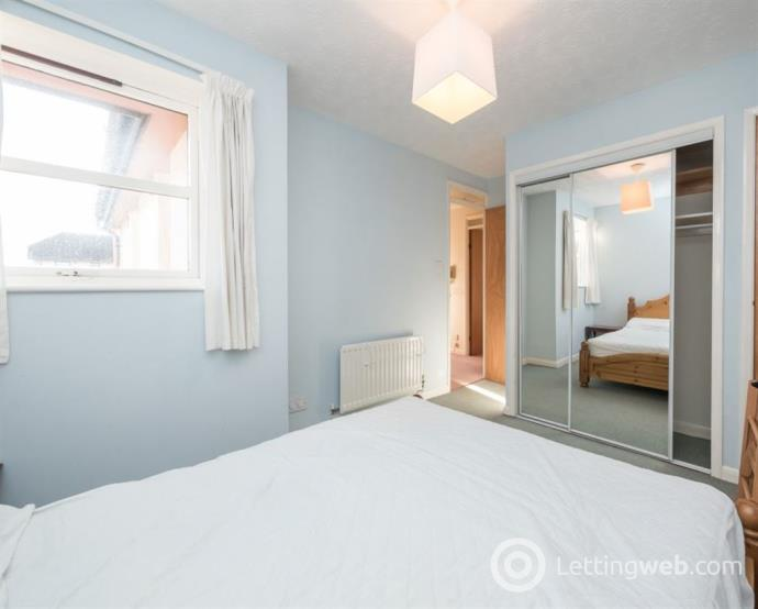 Property to rent in NORTH MEGGETLAND, EDINBURGH, EH14 1XJ