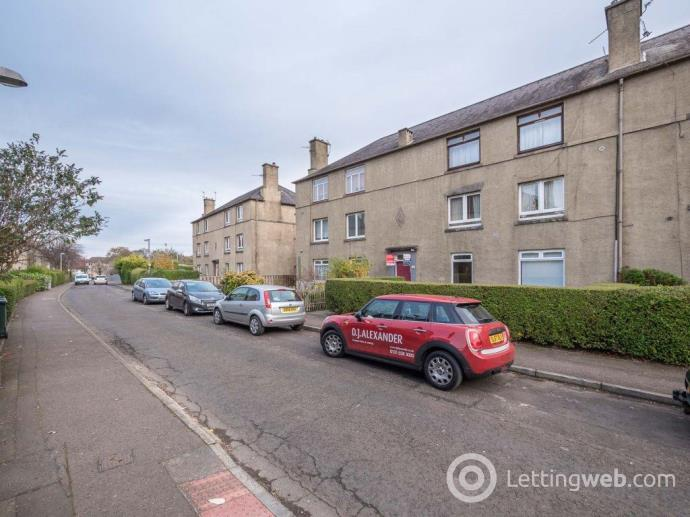 Property to rent in HUTCHISON AVENUE, EH14 1QP