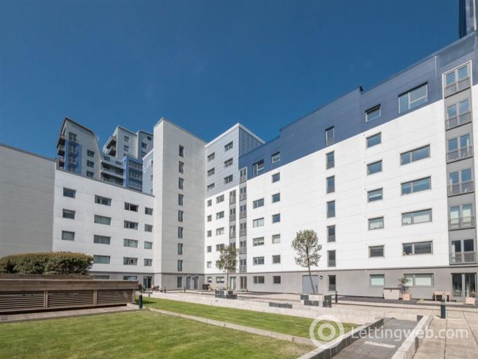 Property to rent in WESTERN HARBOUR BREAKWATER,THE SHORE, EH6 6PZ