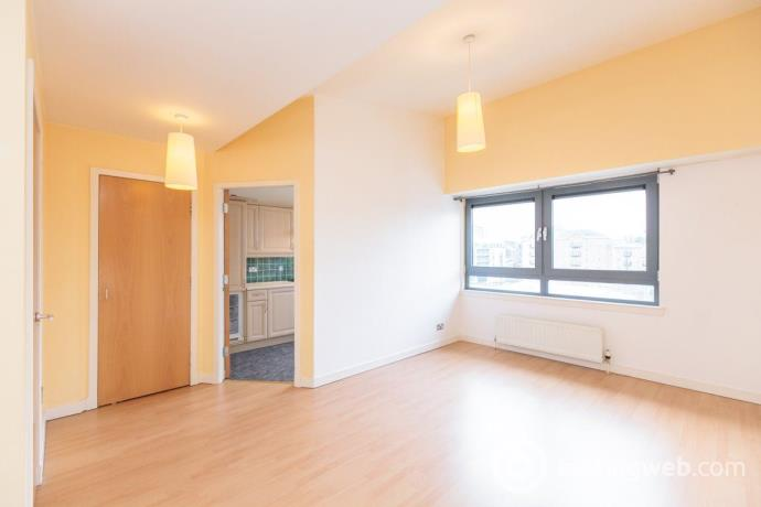 Property to rent in SANDPORT WAY, LEITH, EH6 6EA