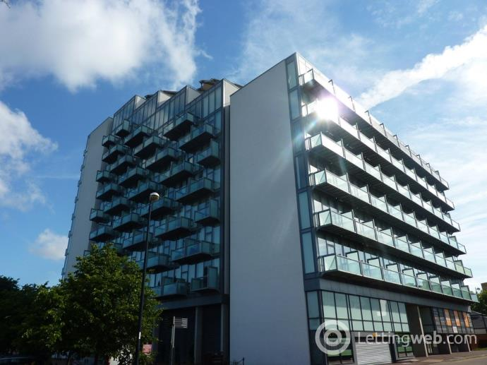 Property to rent in Abito, Clippers Quay, Salford Quays, M50