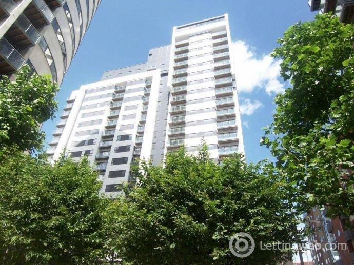 Property to rent in Britton House, Green Quarter, Manchester, M4