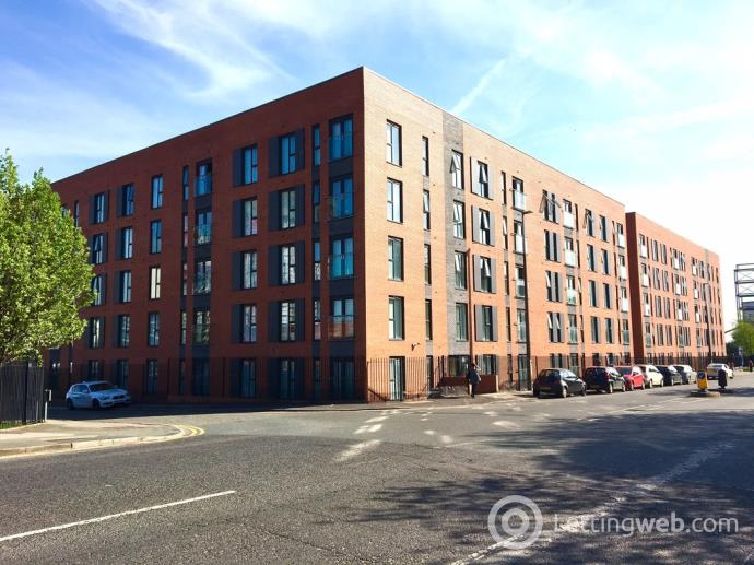 Property to rent in Irwell Building, Lowry Wharf, Derwent St, M5