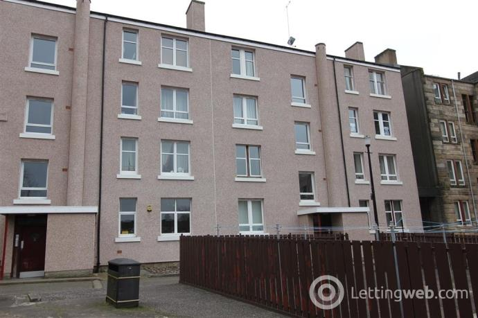 Property to rent in SHAWLANDS - Mannering Court - One Bed. Furnished