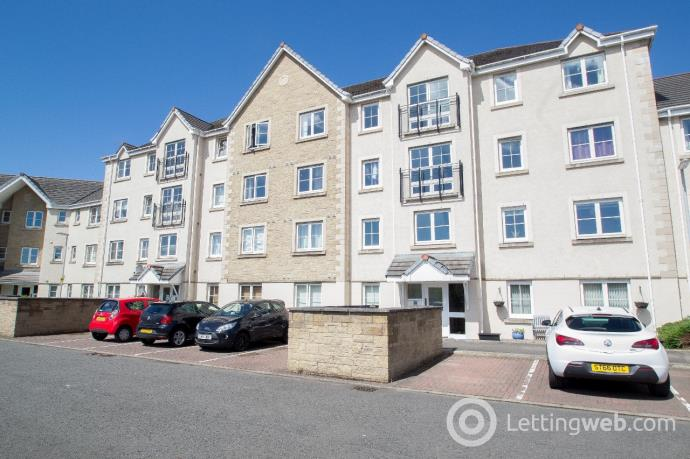 Property to rent in 84 Bruce Gardens, Dunfermline