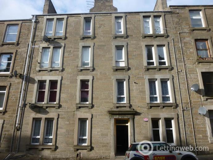 Property to rent in 38 (2/2) Baldovan Terrace,