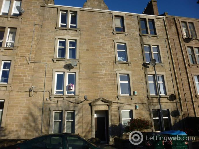 Property to rent in 45C Milnbank Road,