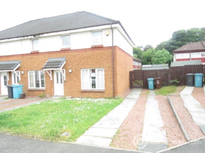 Property to rent in 13 St Andrew's Way, Wishaw, ML2 8SS