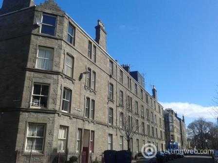 Property to rent in 1/R 20 Park Avenue Dundee
