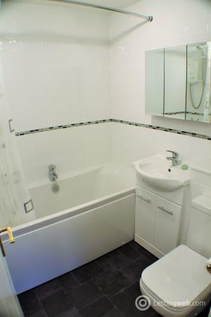 Property to rent in Strathbeg Drive, Dalgety Bay, Dunfermline, Fife.