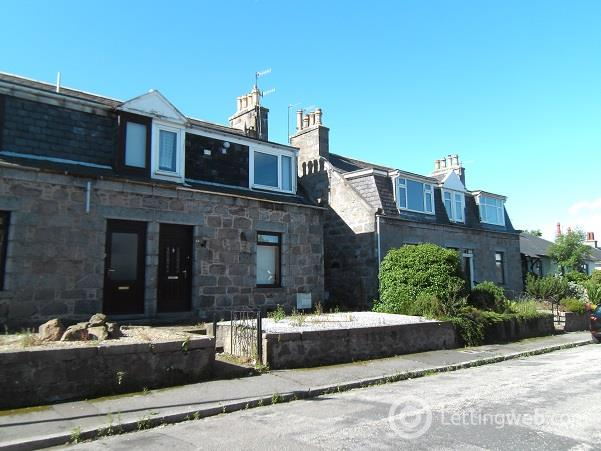 Property to rent in Gladstone Place, Woodside, Aberdeen