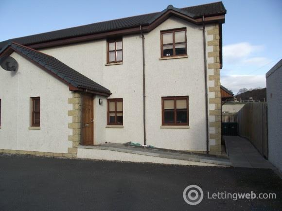Property to rent in Sandys Court, Forres