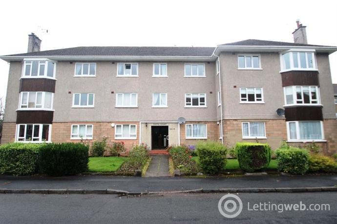 Property to rent in CASTLE COURT, BROOMHILL AVENUE, NEWTON MEARNS, G77