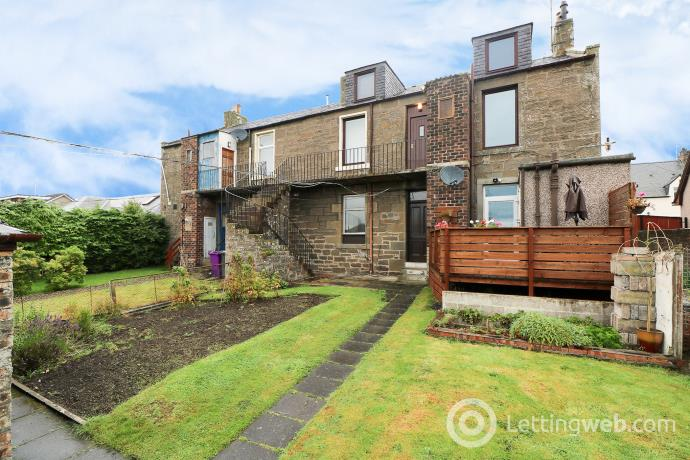 Property to rent in Highfield Place, Birkhill, Dundee