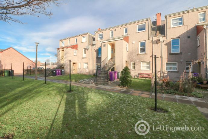 Property to rent in Russell Square, Arbroath