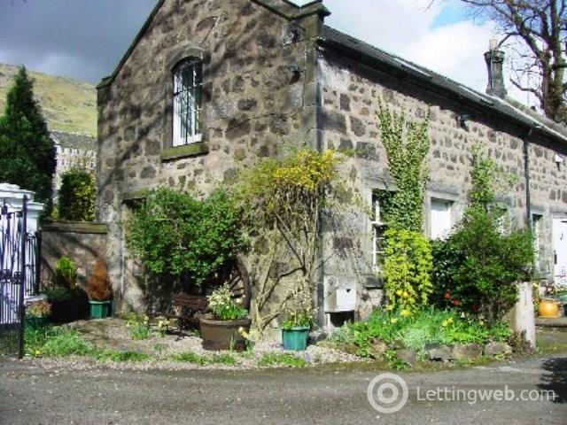 Property to rent in The Coach House, 24B Ochil Road, Alva
