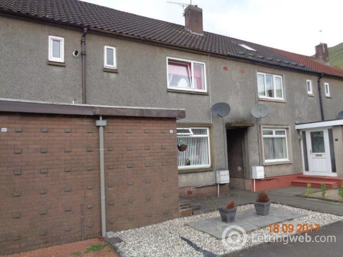 Property to rent in 39 Carnaughton Place, Alva