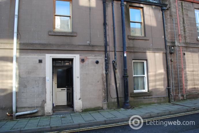 Property to rent in 16 John Street, Montrose