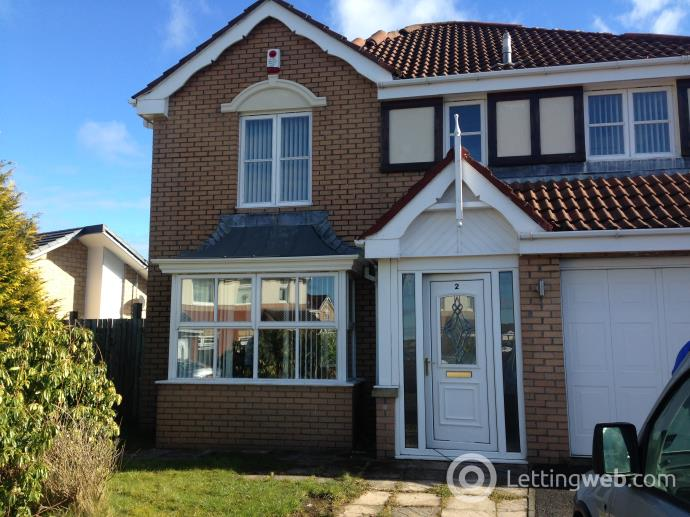 Property to rent in Springhill Farm Road