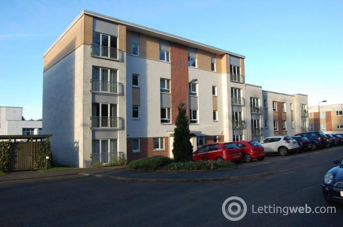 Property to rent in Cairnhill View, Bearsden