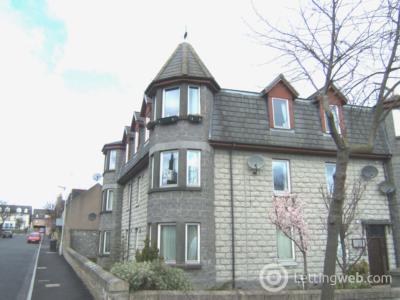 Property to rent in Crathie Gardens West, Aberdeen, AB10