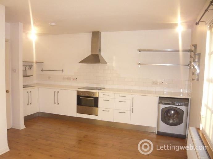 Property to rent in St Margarets Street, Dunfermline