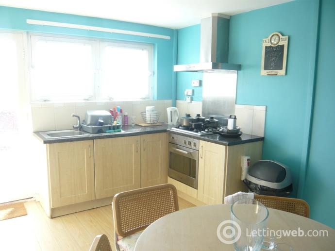 Property to rent in Douglas Drive, Dunfermline