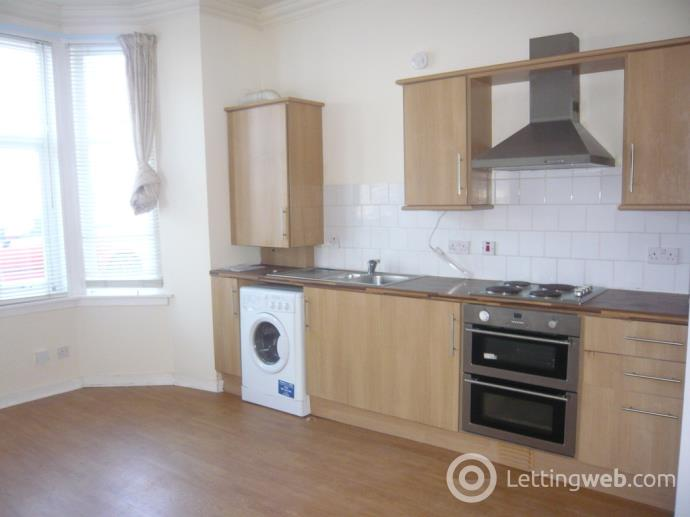 Property to rent in Lady Campbells Walk, Dunfermline
