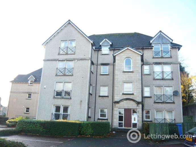 Property to rent in Skibo Court, Dunfermline