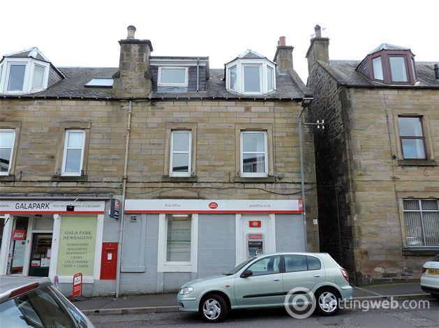 Property to rent in balmoral place