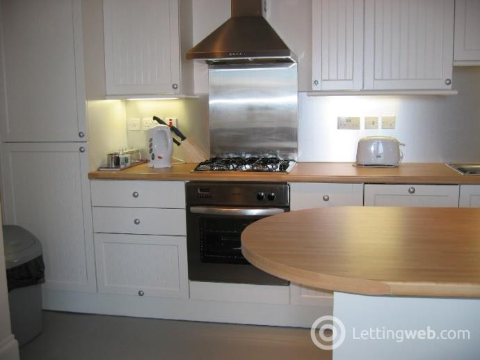 Property to rent in Gibson Terrace, Fountainbridge, Edinburgh, EH11 1AT