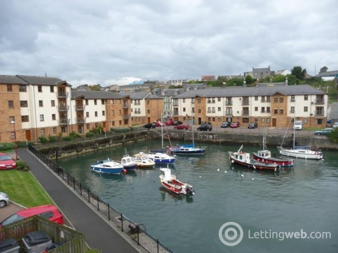 Property to rent in Deas Wharf, Harbour Village