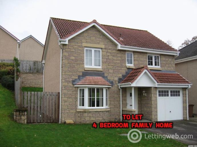 Property to rent in 4 Bedroom family home Woodlands Park, Inverness