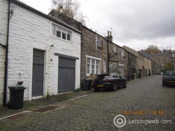 Property to rent in Dean Park Mews, Comely Bank, Edinburgh