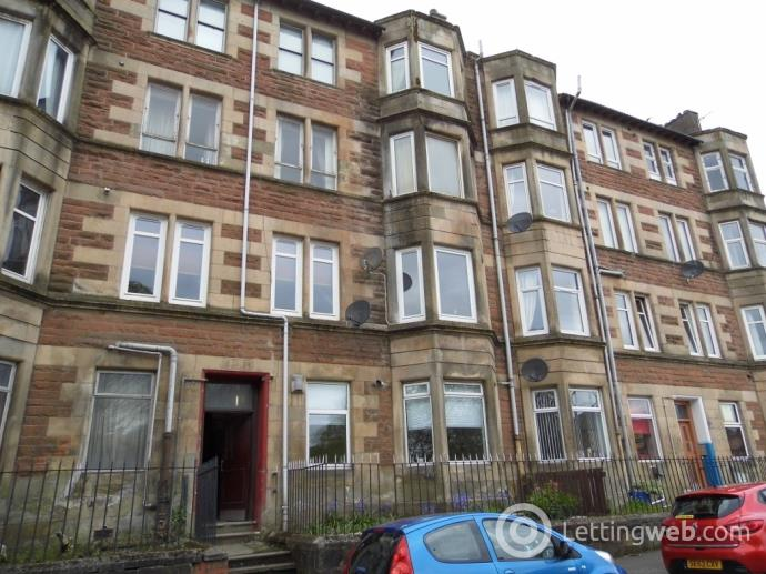 Property to rent in Paisley Road, Barrhead