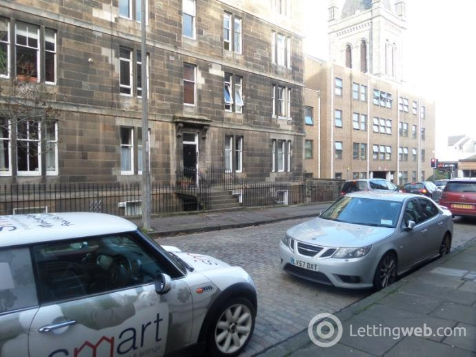 Property to rent in Leslie Place, Stockbridge, Edinburgh, EH4 1NQ