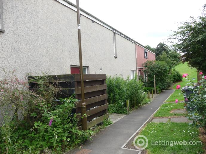 Property to rent in Selm Park