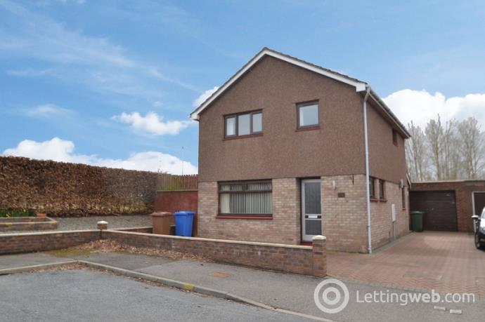 Property to rent in 64 Kestrel Place, Inverness. IV2 3YH