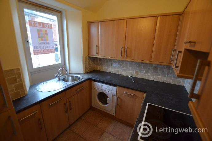 Property to rent in Main Street, West Kilbride, North Ayrshire, KA23 9AR