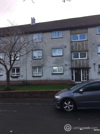 Property to rent in 2C Woodlands Crescent, Ayr