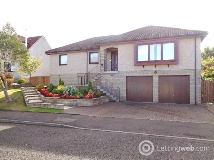 Property to rent in Hogarth Drive, Cupar