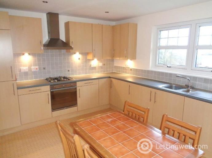 Property to rent in Braemar Court, Glenrothes